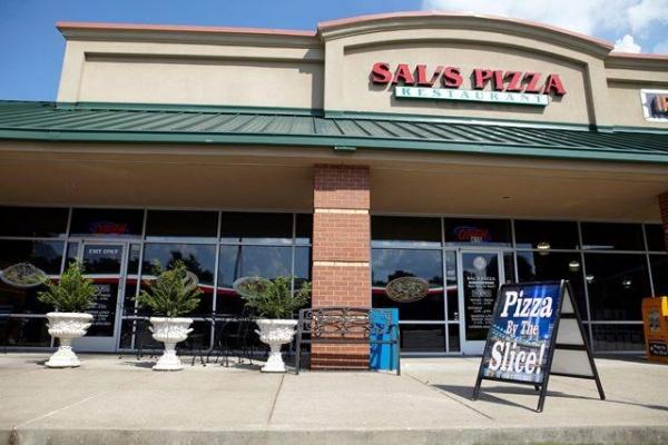 BUSINESS SPOTLIGHT: Sal's Pizza Restaurant