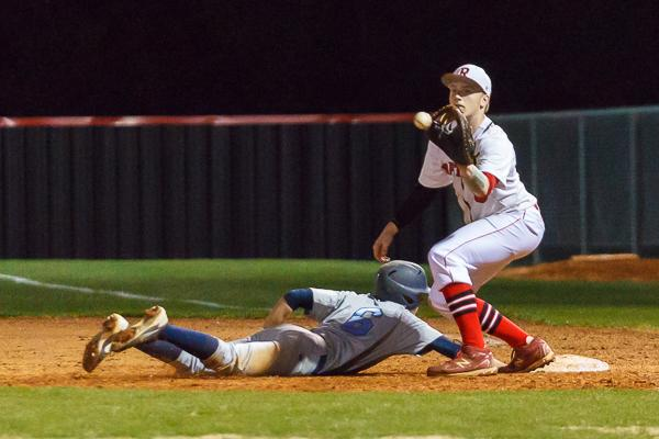 Baseball: Walk-off single sends Ravenwood past Centennial in extras