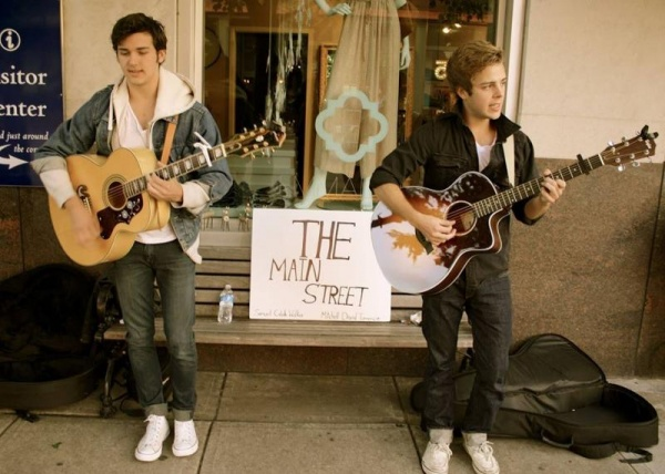 FEATURED LOCAL ARTIST: Main Street Band