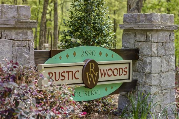 Rustic Woods Preserve: A Family or Corporate Retreat