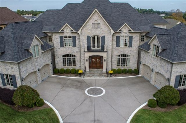 SHOWCASE HOME: Governors Club beauty offers luxury, privacy