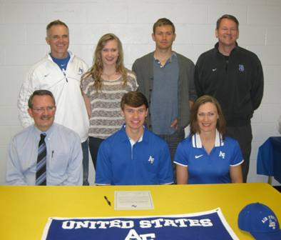 Hoff soars to Air Force; 3 BHS soccer stars sign