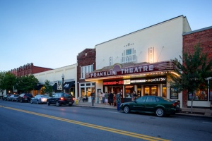 THEATER: Studio Tenn brings Broadway to Main Street