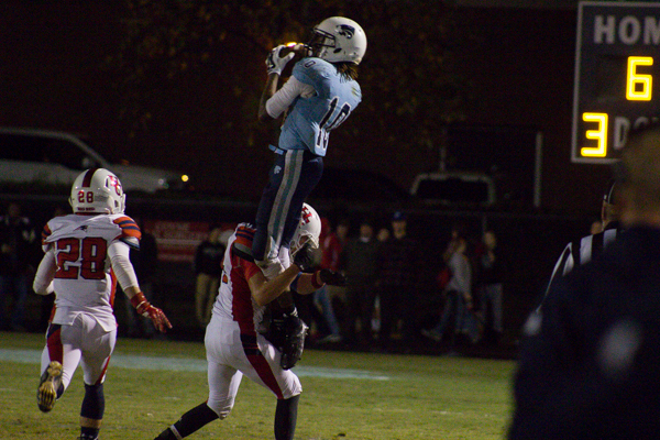Centennial takes down Henry County for first region title