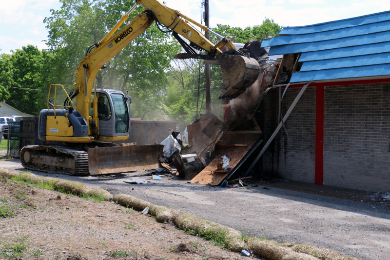 Demolished with a pizza party, former Domino's to become battlefield park