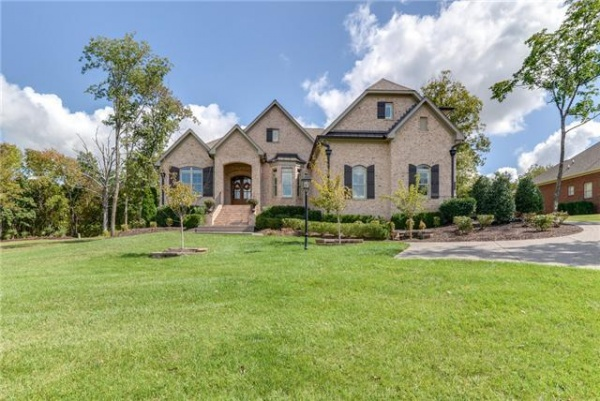 SHOWCASE HOME: Gorgeous Sunset Park home perfect for families