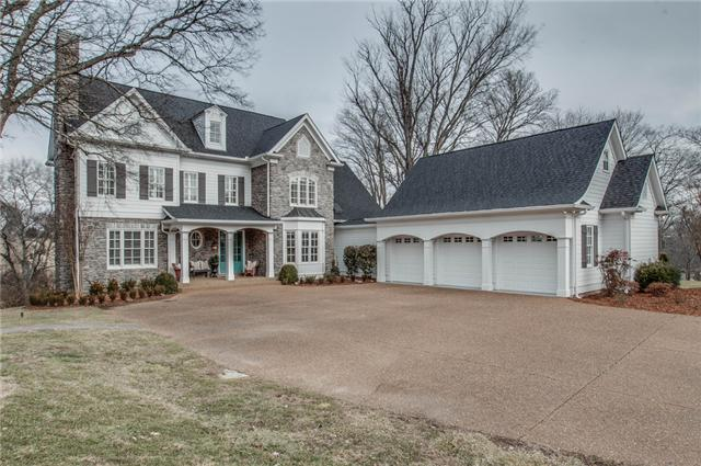 Beautiful home, studio, land minutes from Franklin