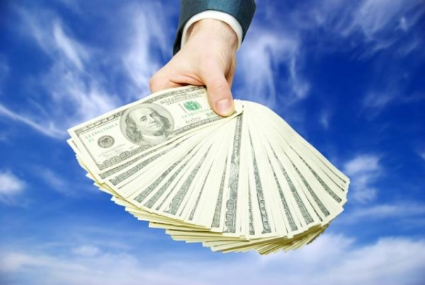Buying with cash: ROI, debt-free living lead trend