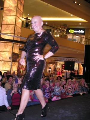 'Heroes' use fashions to fight breast cancer