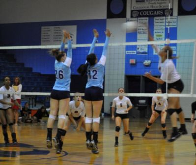 VOLLEYBALL: Cougars fall to Raptors in close match